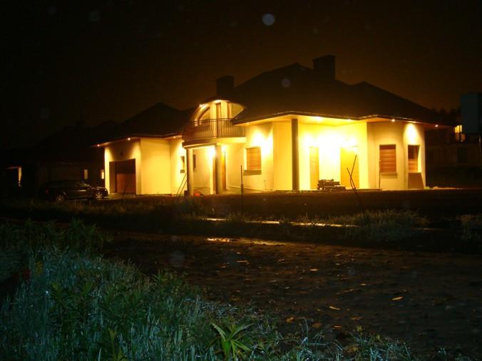 Oświetlenie W Podbitce Dachowej